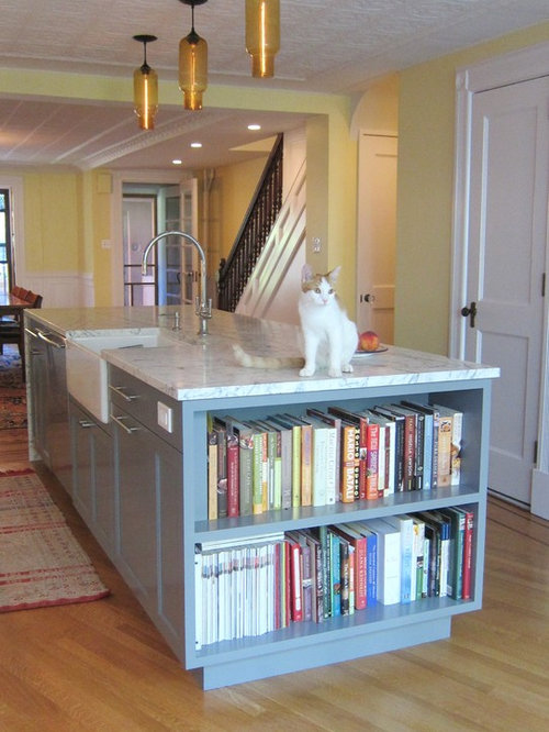 Kitchen Island With Cookbook Shelves