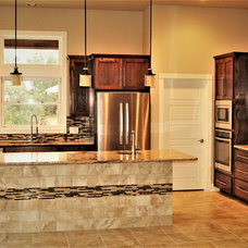 Traditional Kitchen by RJS Custom Homes LLC
