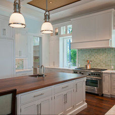 Traditional Kitchen by The Williams Group Inc.