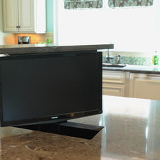 Traditional Kitchen Kitchen Island TV Lift