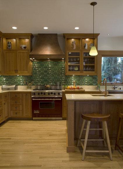 Traditional Kitchen by Jack Backus Architects