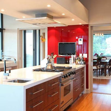 Contemporary Kitchen by Jacqueline Berry Interiors