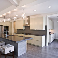 Transitional Kitchen by Jarrod Smart Construction