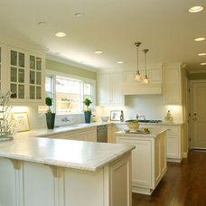 Traditional Kitchen by JCA ARCHITECTS