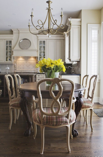 Traditional Kitchen by Jennifer Backstein Interiors