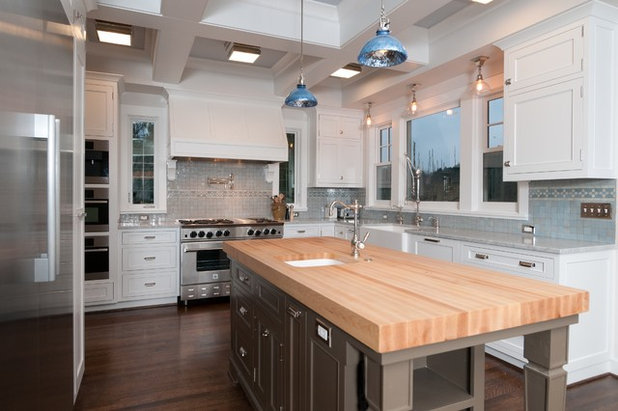 Popular Traditional Kitchen by Jenny Baines Jennifer Baines Interiors