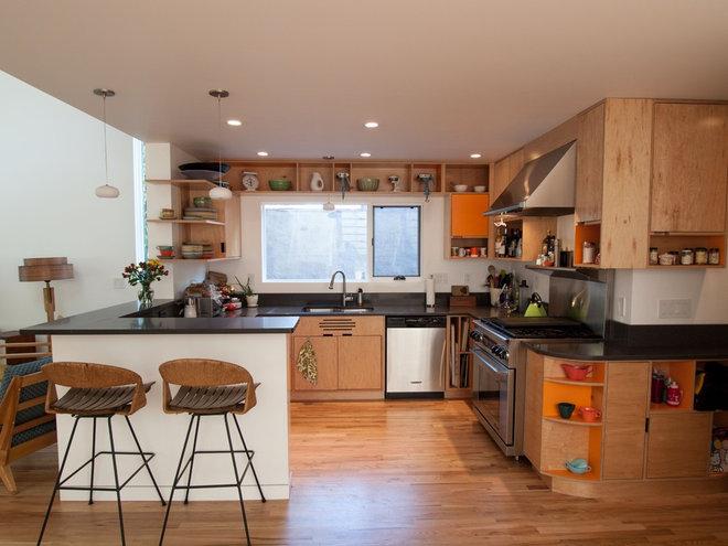 Modern Kitchen by John Prindle
