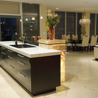 Inspiration for a contemporary open concept kitchen remodel in Louisville