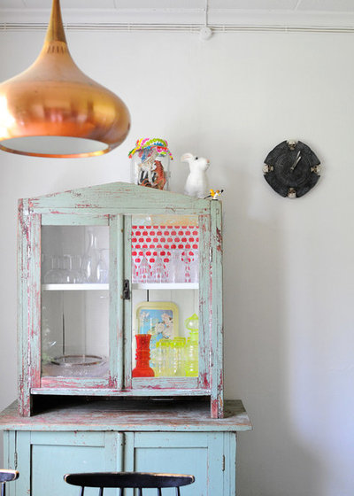 Shabby-chic Style Kitchen by Kootut murut