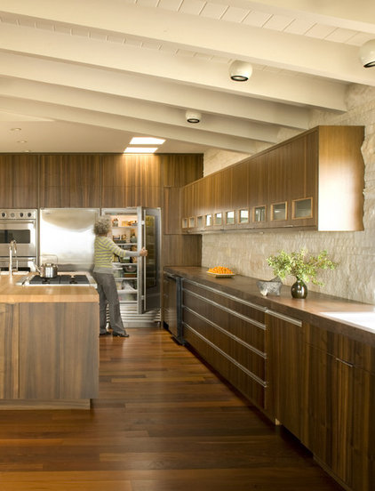 midcentury kitchen by Laidlaw Schultz architects
