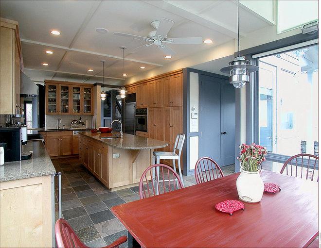 Contemporary Kitchen by Leo J. Blackman Architects
