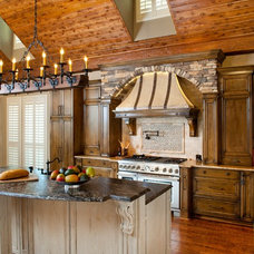 Traditional Kitchen by LGB Interiors