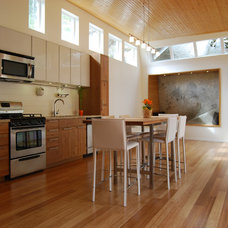 modern kitchen by Sandrin Leung Design Inc.