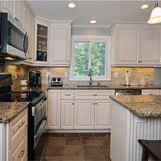 Traditional Kitchen by Kitchen Magic