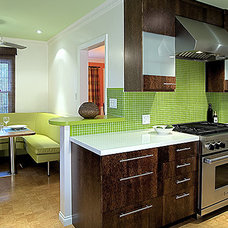 Modern Kitchen by Malgosia Migdal, ASID