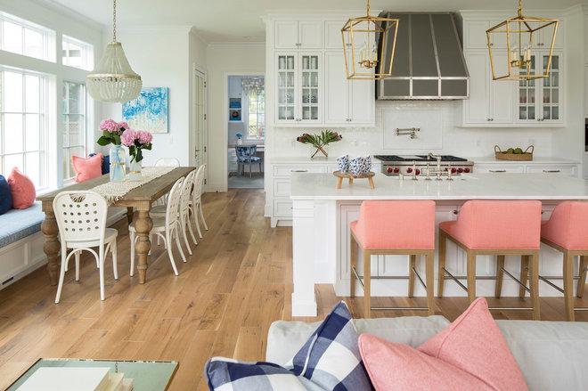 Contemporary Kitchen by Martha O'Hara Interiors