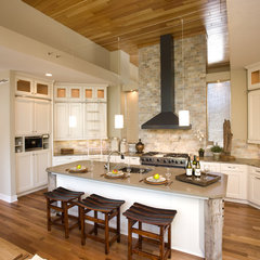 contemporary kitchen by Walsh Design Group, Inc.