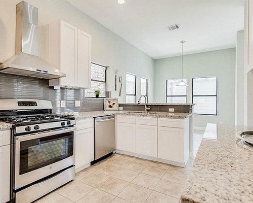 Houston Kitchen Design Ideas Renovations Photos With Porcelain Flooring