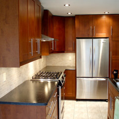 contemporary kitchen by House Tune Up