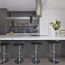 Modern Kitchen by Impala Kitchens and Bathrooms - Petra Mallia