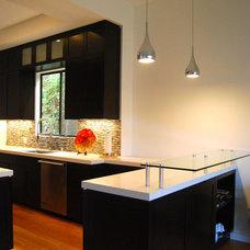 Modern Kitchen by Natalie Myers