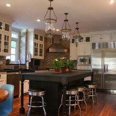 Traditional Kitchen by Neil K Johnson Architect