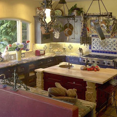 eclectic kitchen by Nunley Custom Homes