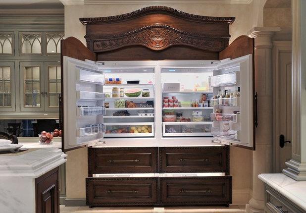 トラディショナル キッチン by Showcase Kitchens