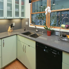Contemporary Kitchen by OR