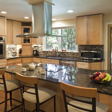 Contemporary Kitchen by Owings Brothers Contracting