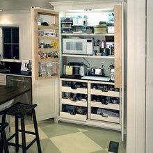 Kitchen Pantry area