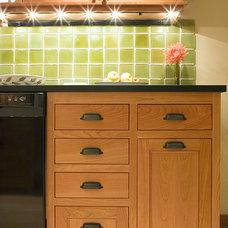 Craftsman Kitchen by Paul Moon Design