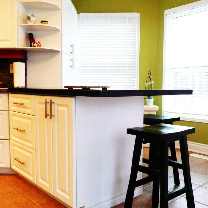 Kitchen Peninsula and Pantry Addition
