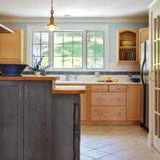 Contemporary Kitchen by Peregrine Design Build