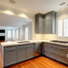 Contemporary Kitchen by Phoenix Millworks Inc.