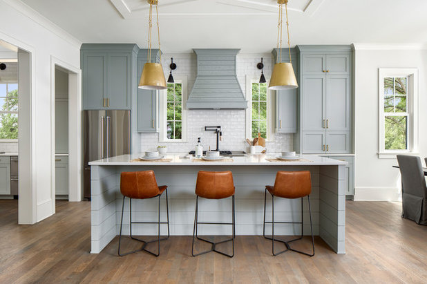 Country Kitchen by Pike Properties