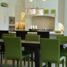Modern Kitchen by Point One Architects