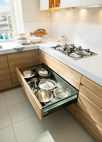 11 nifty places to store your pots and pans - Schmidt kitchens ...