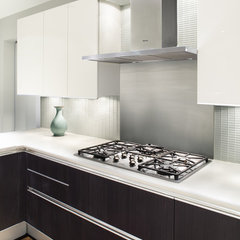 modern kitchen by Prestige Custom Building & Construction, Inc.