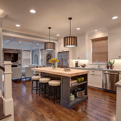modern kitchen by PRM Custom Builders, LLC