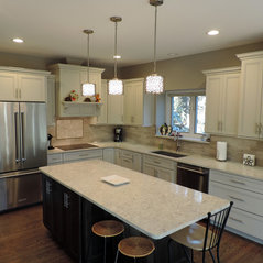 Shelby Charter Township, MI. White Traditional Kitchen Renovation