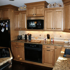 Traditional Kitchen by Cabinets & Interiors, Inc