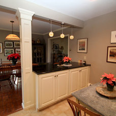 Traditional Kitchen by Lewis Brothers