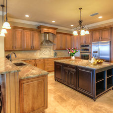 Traditional Kitchen by PSG Construction