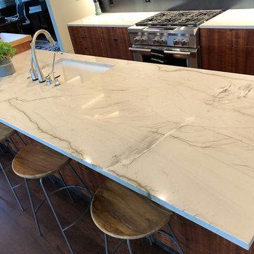 Kitchen- Quartzite (Mont Blanc)