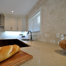 Traditional Kitchen by soulstyle Interior Decorating & Home Staging