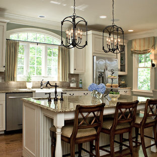 Traditional kitchen pictures - Kitchen - traditional kitchen idea in Raleigh with stainless steel appliances