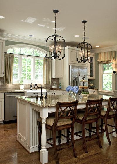 Traditional Kitchen by Rebecca Driggs Interiors