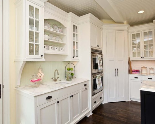 Corner pantry houzz for Wickes kitchen cabinet sizes