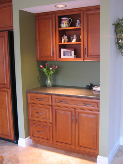 Small Red Kitchen Cabinets Home Design Ideas, Pictures, Remodel and Decor - 웹